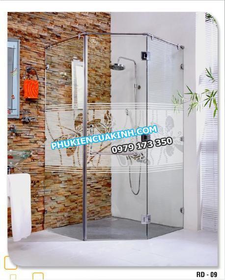 phòng tắm kính mở 135 độ